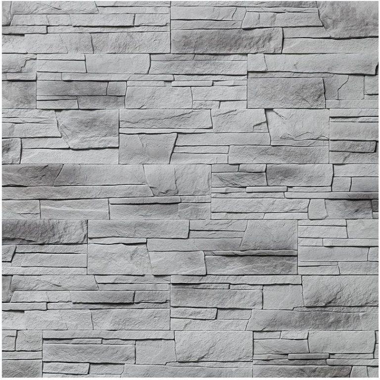 Naturalny kamień na ścianach we wnętrzu jest bardzo modny